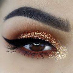 0aa780b15702d5621866908591597a65--gold-glitter-eyeshadow-gold-orange-makeup